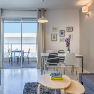 Tel Aviv (2 bedrooms with balcony)